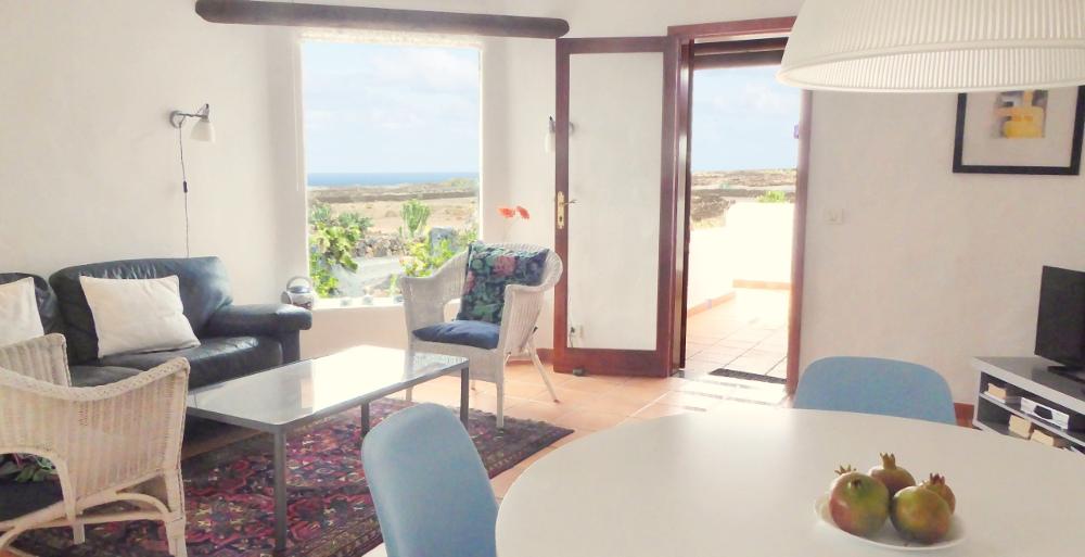 Lanzarote Ferienhaus Casa Azul Living